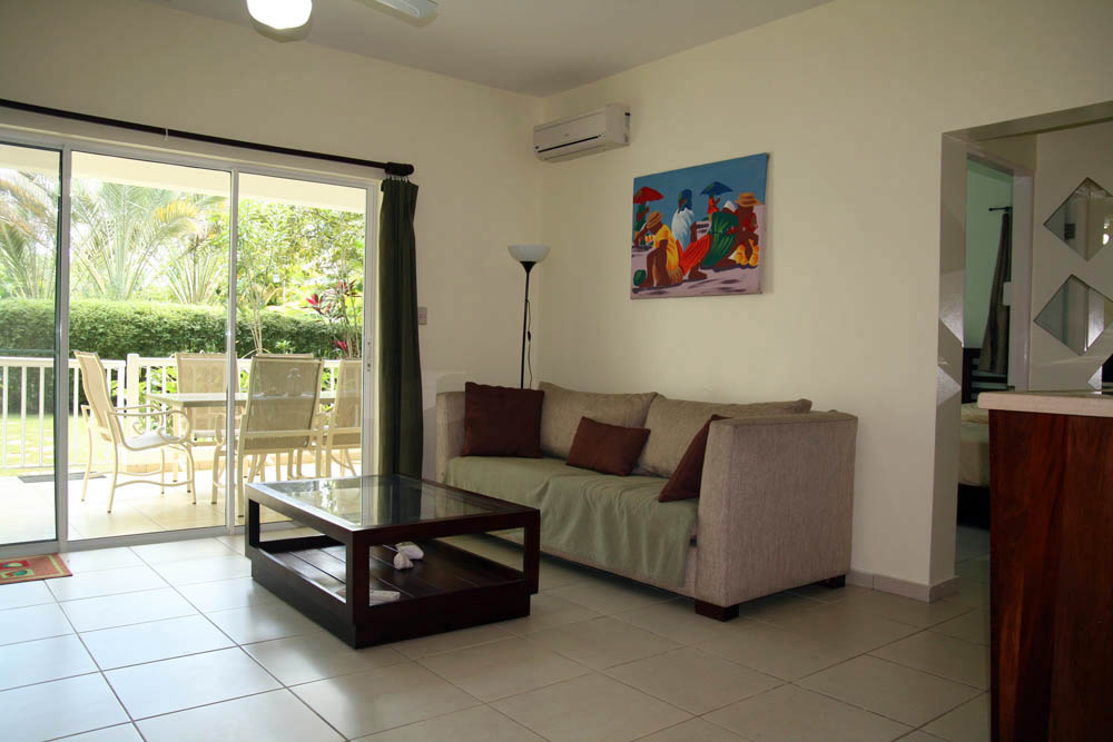 2bdr ground floor apartment for sale